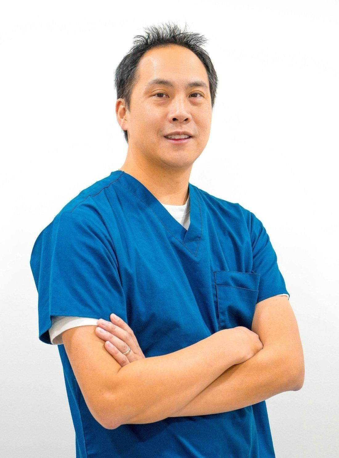 Dr William Huynh , BDSc | Dentist in Mount waverley
